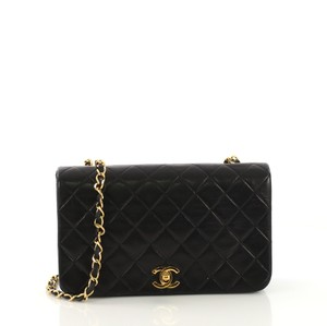 96f0a7a7ff5b Chanel Cross Body Bags - Over 70% off at Tradesy (Page 4)