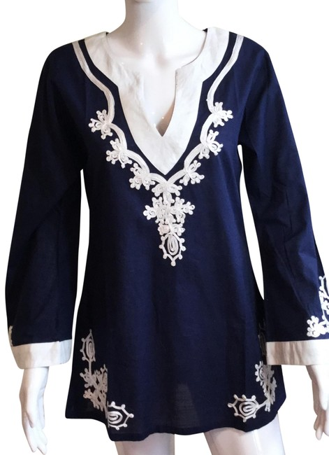Southern Frock Navy & White Embroidered V Neck Tunic Cover-up/Sarong Size 6 (S) Southern Frock Navy & White Embroidered V Neck Tunic Cover-up/Sarong Size 6 (S) Image 1