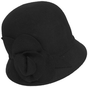 e28674137bf25 Nine West Hats - Up to 70% off at Tradesy