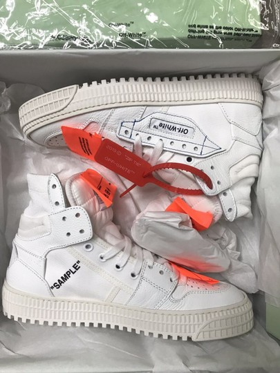 Off-White Athletic Image 5