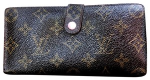 36493d305379 Louis Vuitton on Sale - Up to 70% off LV at Tradesy
