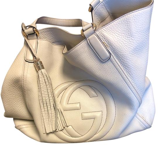 Preload https://img-static.tradesy.com/item/25317581/gucci-off-white-leather-hobo-bag-0-1-540-540.jpg