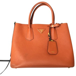 33d6fa645ac1 Orange Prada Bags - 70% - 90% off at Tradesy