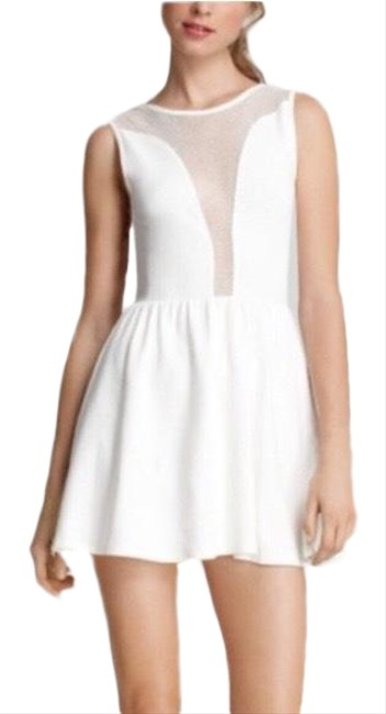 Preload https://img-static.tradesy.com/item/25317911/for-love-and-lemons-cream-lulu-short-cocktail-dress-size-4-s-0-1-650-650.jpg