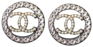 Chanel Chanel CC Logo Crystal and Pearly Black Silver