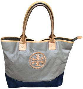 """Tory Burch Two-tone All Weather 8"""" Drop Tote in Navy, brown"""