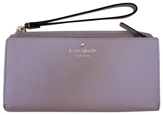 Preload https://img-static.tradesy.com/item/25318124/kate-spade-beige-warmvellum-grand-street-layton-wristlet-wkru2154-wallet-0-1-540-540.jpg