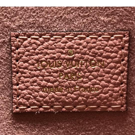 Louis Vuitton Daily Pouch Image 10