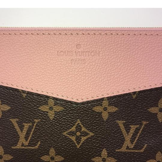 Louis Vuitton Daily Pouch Image 2