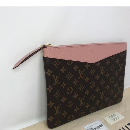 Louis Vuitton Daily Pouch Image 3