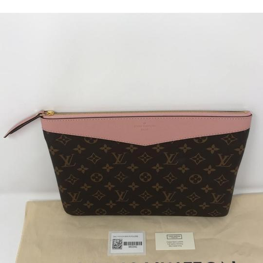 Louis Vuitton Daily Pouch Image 5