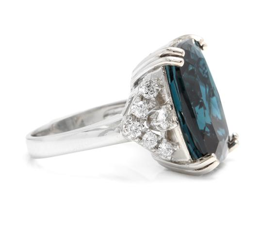 Other 13.70 Carats Natural LONDON BLUE TOPAZ and Diamond 14K White Gold Ring Image 2