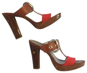 Gianni Bini Red and cognac Platforms