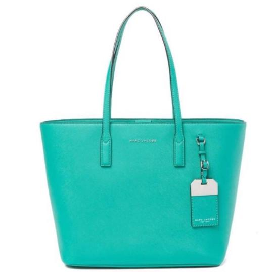 Marc Jacobs Tote in green, aloe Image 5