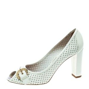5b1ded901193 Louis Vuitton Heels   Pumps on Sale - Up to 70% off at Tradesy