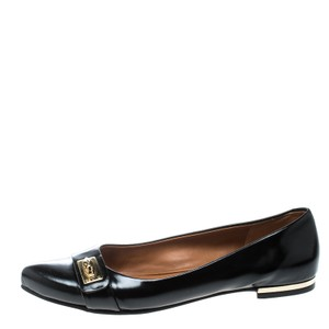 47d7bda12420 Givenchy Flats on Sale - Up to 70% off at Tradesy
