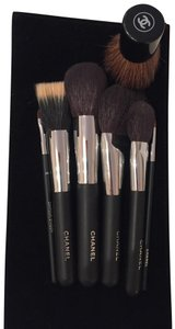 Chanel Chanel makeup brushes