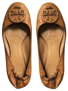 Tory Burch nude/camel Wedges