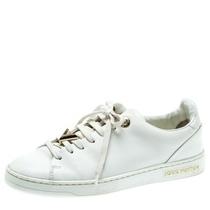 f3dc51cdef2f Louis Vuitton Sneakers - Up to 70% off at Tradesy