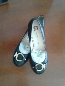 Anne Klein Leather Upper Man Made Soutsole Chunky Heels Metal Bucle Made In China black Pumps