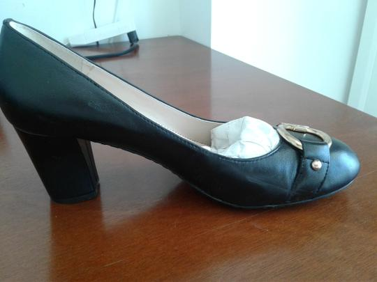 Anne Klein Leather Upper Man Made Soutsole Chunky Heels Metal Bucle Made In China black Pumps Image 1
