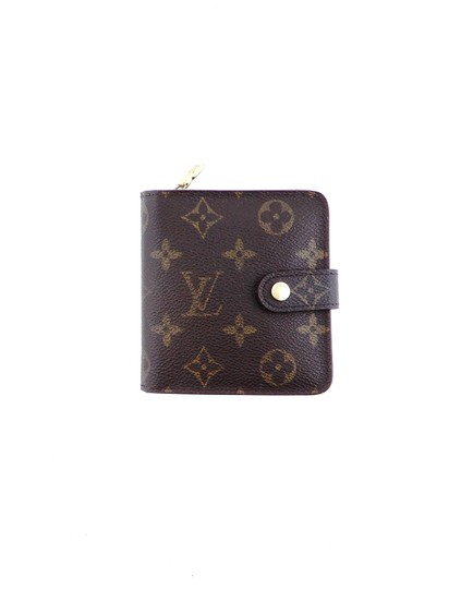 Preload https://img-static.tradesy.com/item/25321719/louis-vuitton-brown-zippy-compact-clutch-monogram-canvas-leather-wallet-0-0-540-540.jpg