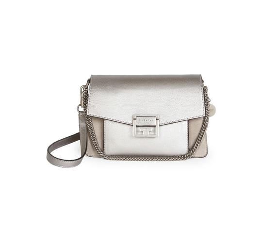 Preload https://img-static.tradesy.com/item/25321925/givenchy-small-gv3-natural-leather-cross-body-bag-0-0-540-540.jpg