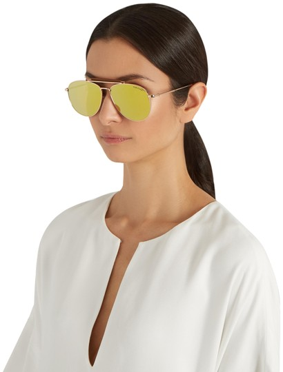 Preload https://img-static.tradesy.com/item/25322085/tom-ford-gold-new-sean-mirrored-leather-bar-aviator-sunglasses-0-1-540-540.jpg