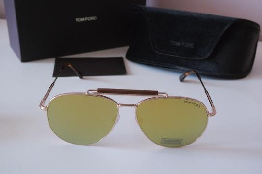 Tom Ford NEW Tom Ford Sean Gold Mirrored Leather Bar Aviator Sunglasses Image 4