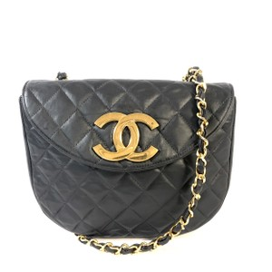 faee557b1de94d Black Leather Chanel Bags - 70% - 90% off at Tradesy