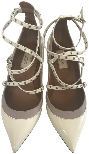 Item - Off White Patent Leather Love Latch Eyelet Embellished Pumps Size EU 36.5 (Approx. US 6.5) Regular (M, B)