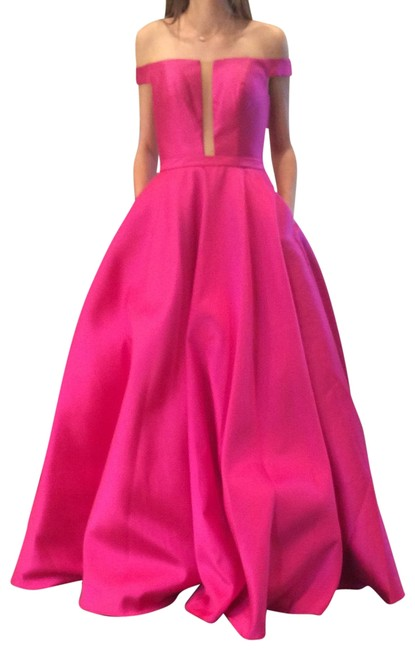Item - Fuchsia 62743 Long Formal Dress Size 6 (S)