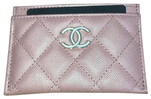 Chanel Chanel Card Holder in pink Iridescent leather