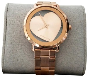 c9b6af4b5dcf Michael Kors Women s Watches on Sale - Up to 70% off at Tradesy