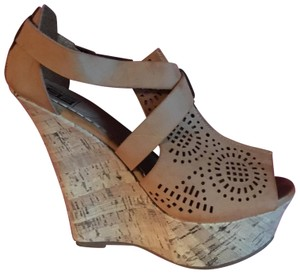 City Snappers Tan Wedges