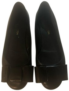 4766a9084c3a Louis Vuitton Flats on Sale - Up to 70% off at Tradesy