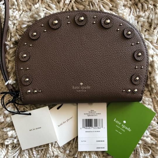 Kate Spade Sharalarchmont Wristlet in Light Walnut Image 4