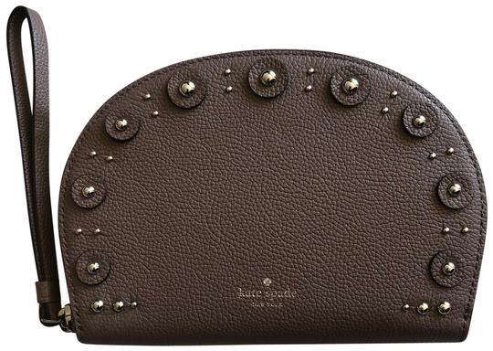 Preload https://img-static.tradesy.com/item/25323989/kate-spade-shara-larchmont-ave-studded-light-walnut-leather-wristlet-0-1-540-540.jpg