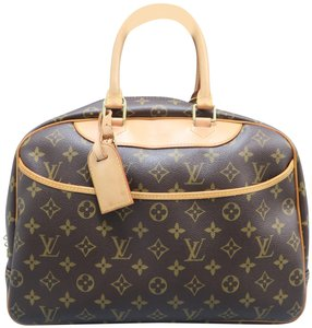 f6d4cb750c23 Louis Vuitton Lv Deauville Monogram Canvas Tote in brown