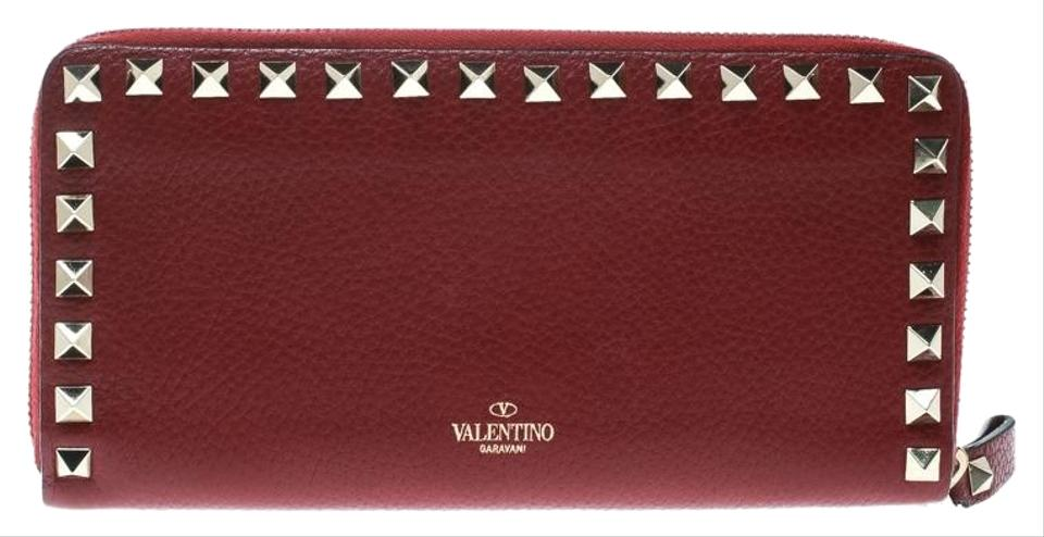 070fbc981513 Valentino Wallets on Sale - Up to 70% off at Tradesy