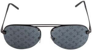 590d1c3592c8 Louis Vuitton Sunglasses on Sale - Up to 70% off at Tradesy