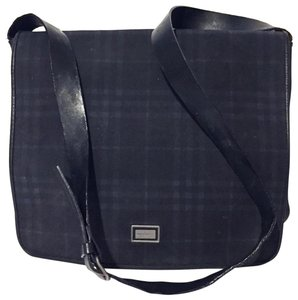 e16dcf48b078 Burberry Messenger Bags - Up to 70% off at Tradesy