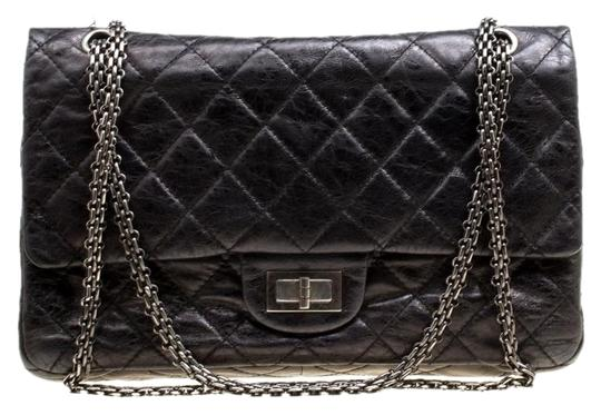 Preload https://img-static.tradesy.com/item/25327655/chanel-classic-flap-255-reissue-quilted-reissue-classic-227-black-leather-shoulder-bag-0-1-540-540.jpg