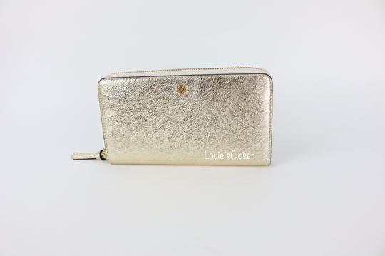 Tory Burch Crinkle Metallic Zip Continental Wallet Image 3