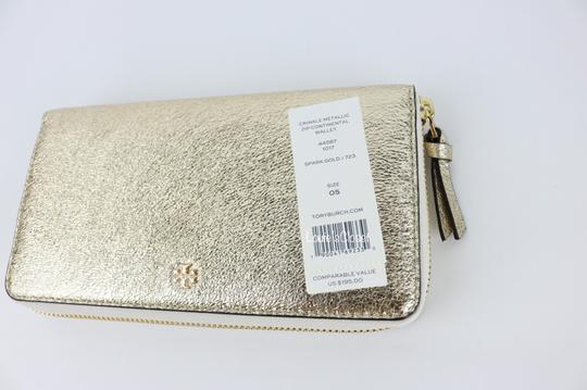 Tory Burch Crinkle Metallic Zip Continental Wallet Image 6