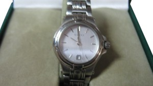 Gucci Women's Gucci Dress Watch Model Keeps Accurate Time Swiss Made