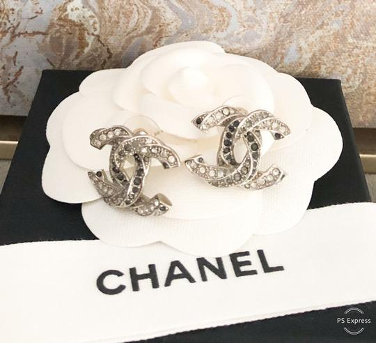 Chanel Chanel Twisted Two-Tone Large Crystal CC Silver Earrings Image 4