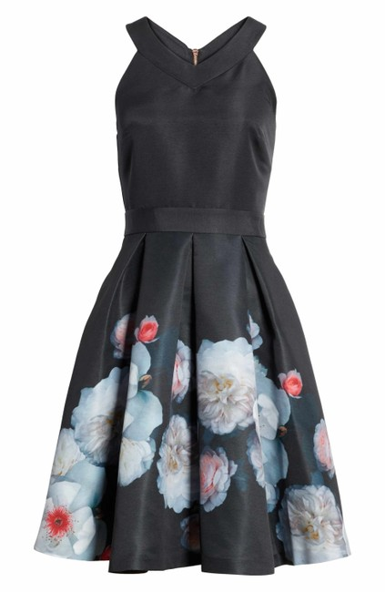 Preload https://img-static.tradesy.com/item/25329354/ted-baker-black-jelina-chelsea-floral-fit-and-short-casual-dress-size-8-m-0-0-650-650.jpg