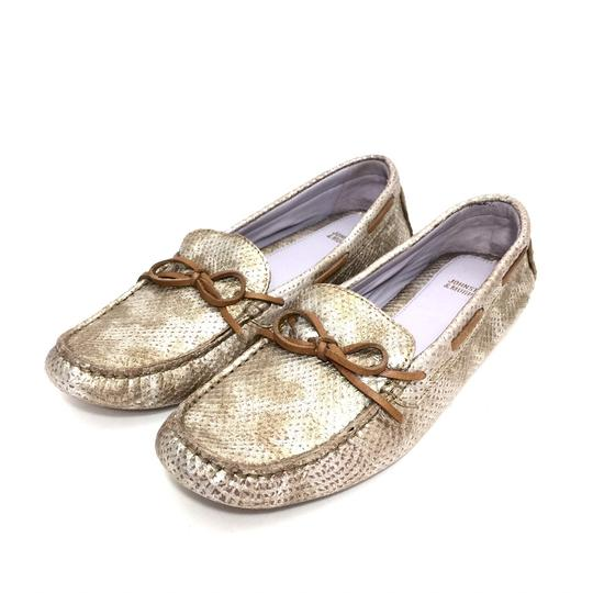 Preload https://img-static.tradesy.com/item/25329431/johnston-and-murphy-silver-gold-metallic-leather-loafers-w-bow-flats-size-us-85-narrow-aa-n-0-0-540-540.jpg