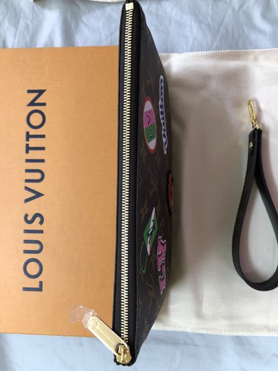 Louis Vuitton Monogram City Pouch Brown Clutch Image 2